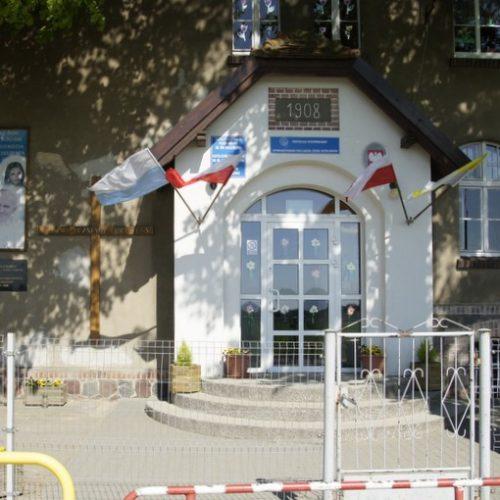 Zdjęcie budynku szkoły Podstawowej w Mięcierzyn